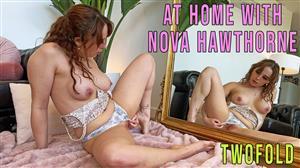 girlsoutwest-21-09-12-charlie-forde-at-home-sun-room.jpg
