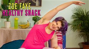 girlsoutwest-21-09-20-zoe-faye-healthy-snack.jpg