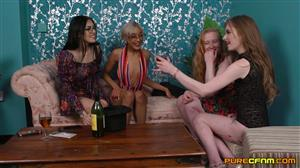 purecfnm-21-09-24-bluelah-kitten-satine-spark-and-shay-london-odd-one-out.jpg