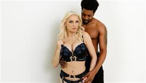 darkx-21-10-14-kenzie-taylor-curvy-kenzie-loves-cock.jpg